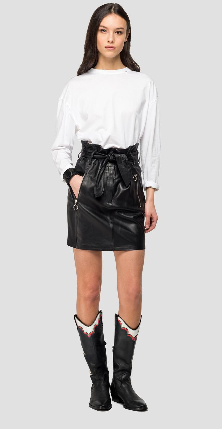 Short leather skirt with belt w9387 .000.83254c